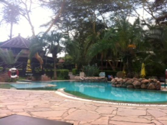 Sarova Mara Game Camp: Piscina