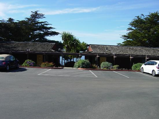 Ragged Point Inn and Resort: Rooms overlooking the Pacific Ocean