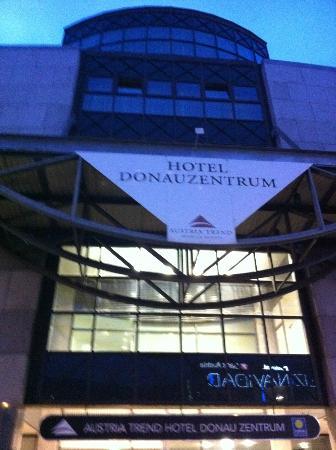 Austria Trend Hotel Donauzentrum Wien: Eingang