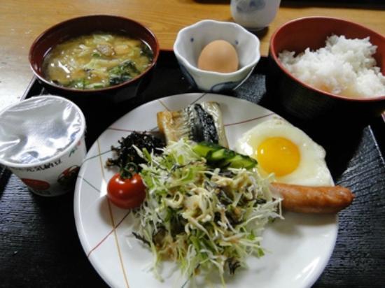 Minshuku Maetakeso : breakfast at Maedakeso