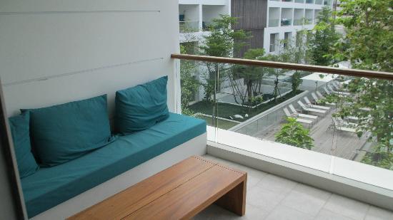 Nap Patong: balcony