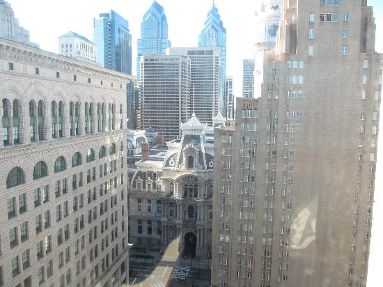 Philadelphia Marriott Downtown: View from down the hallway