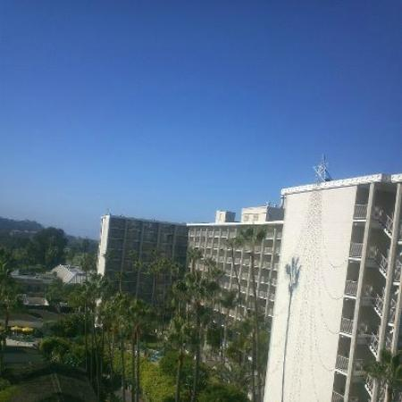 Town and Country Resort & Convention Center: The view from my balcony