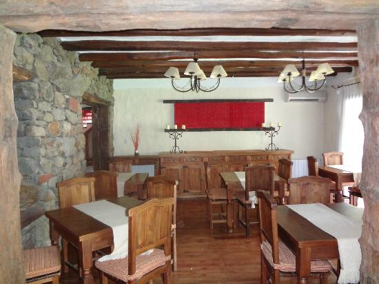 Lares De Chacras: Dining area, used for both breakfast and dinner meals