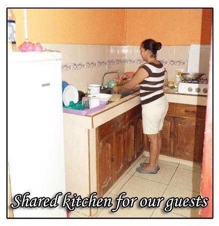 Hotel Encanto del Sur: Cocina compartida