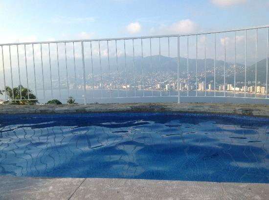 Las Brisas Acapulco: #522 view from the pool