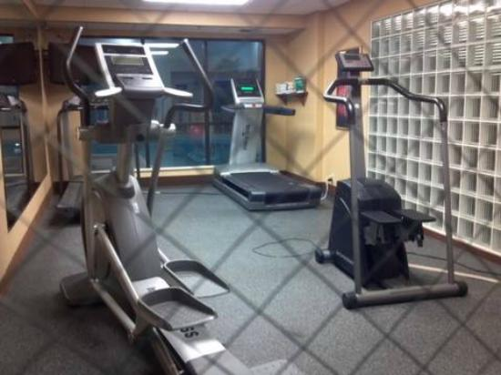 Days Inn Fargo: Exercise room