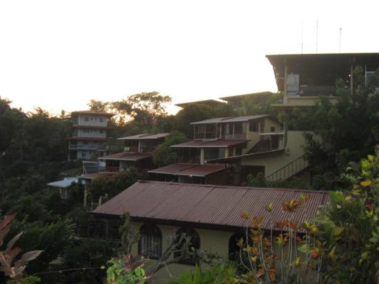 Hotel Villas El Parque: hotel buildings