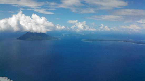 Two Fish Divers Bunaken: Dive Sites Around Manado Dua, Bunanken and Siladen Islands