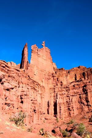 Moab Desert Adventures: View of Ancient Art from the trail.
