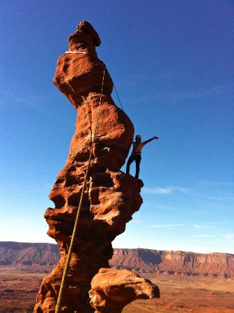Moab Desert Adventures: Almost to the top.