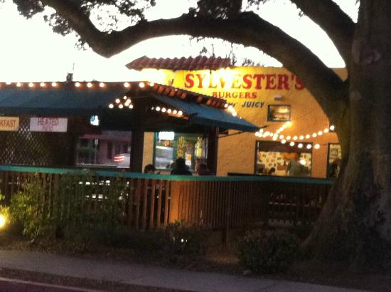Sylvester's Burgers: Sylvester's at dusk