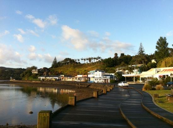 Mangonui Waterfront Apartments: overview of wharf