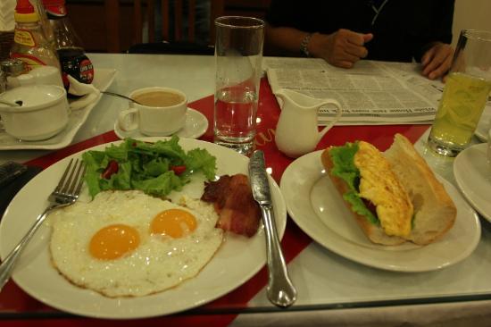 هوليداي دياموند هوتل: Delicous and nutritious breakfast. 