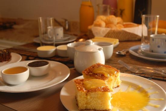 Pousada Vila do Bosque: Café da Manhã
