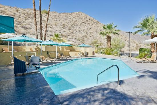 BEST WESTERN Inn at Palm Springs: Swimming Pool