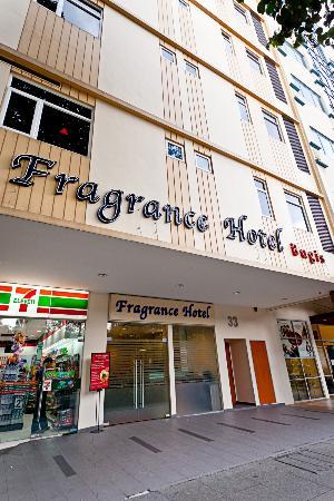 Fragrance Hotel - Bugis: Hotel Facade