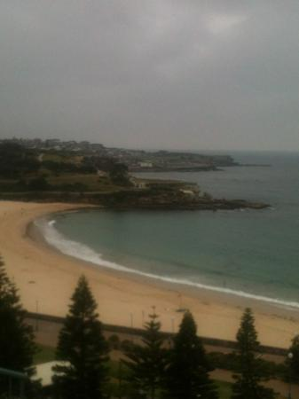 Crowne Plaza Hotel Coogee Beach - Sydney: unfortunately it was overcast, none the less still beautiful as always.