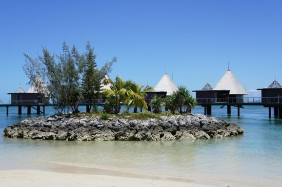 L'Escapade Island Resort: vue depuis le bungalow plage