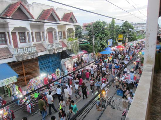 Tip Inn: walkiing street on sat-sun 5-9pm