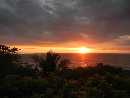 Hotel Vista de Olas: Another amazing sunset