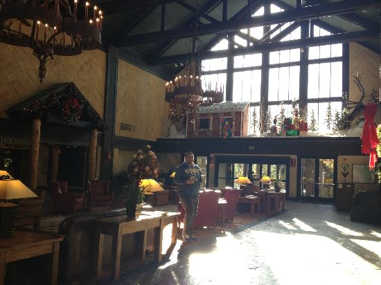 Lobby Picture Of Tenaya Lodge At Yosemite Fish Camp