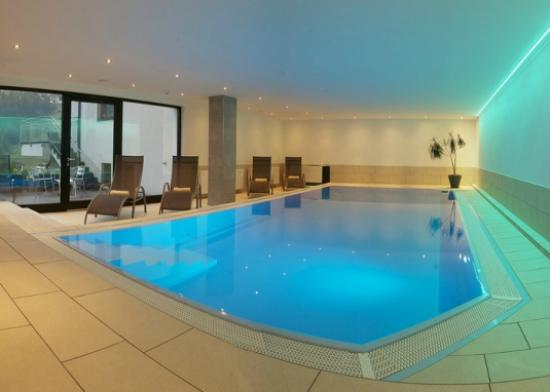 Hotel Garni Fiegl Apart : Neu renovierter Poolbereich