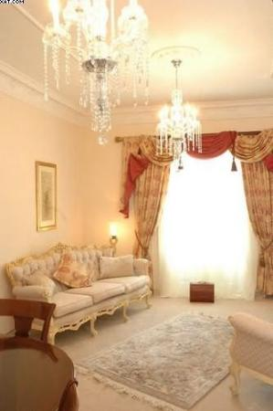 The Chateau: Guest Room