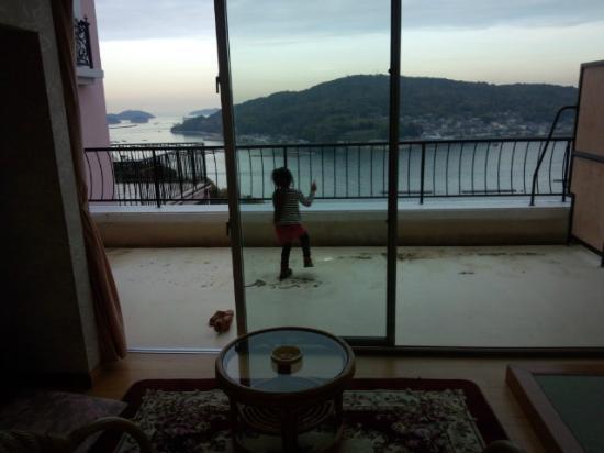 Hotel Maritime Kaikoen Kifuka: 部屋からの眺め。ベランダ広い。