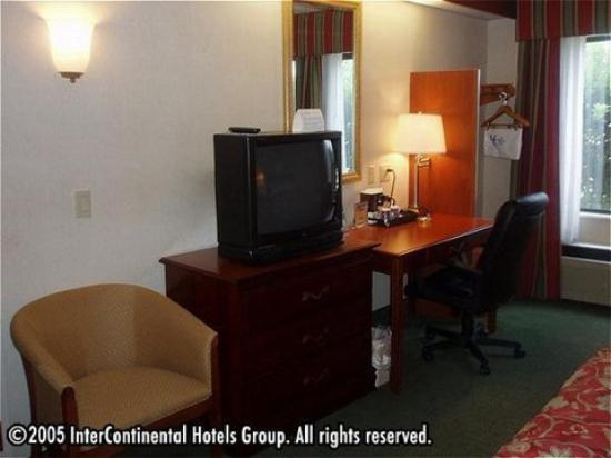 Holiday Inn Express Gaffney: Double-Bedded Guest Room