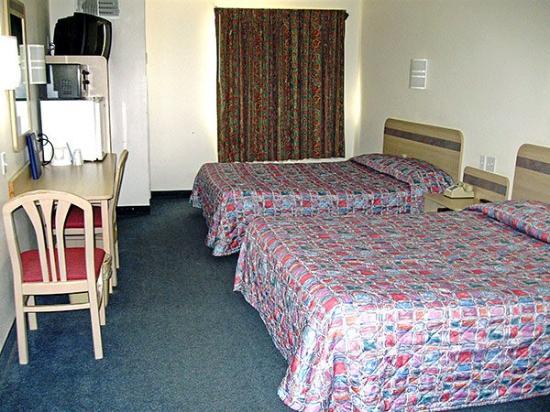 Motel 6 Nephi: MDouble