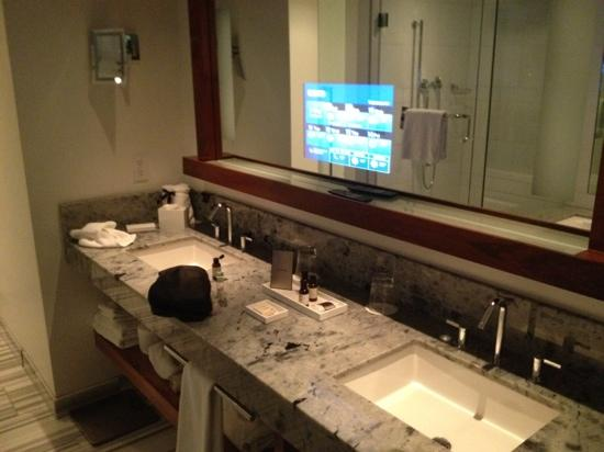 Fairmont Pacific Rim: tv mirror