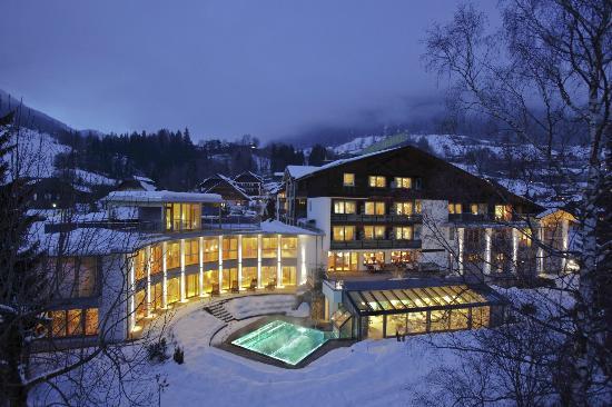 Ortners Eschenhof: Der Eschenhof im Winter