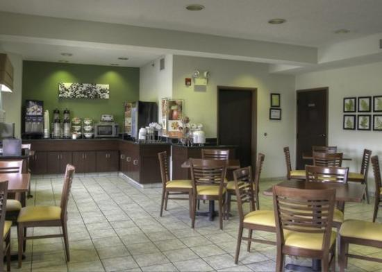 Sleep Inn & Suites: TNBreakfast Area