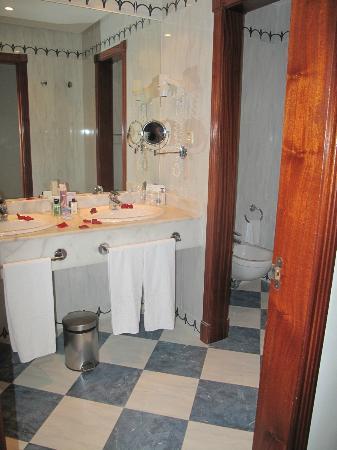 H10 Playa Meloneras Palace: Salle de bain