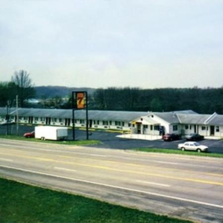 Super 7 Motel: Super Motel Sedalia Exterior