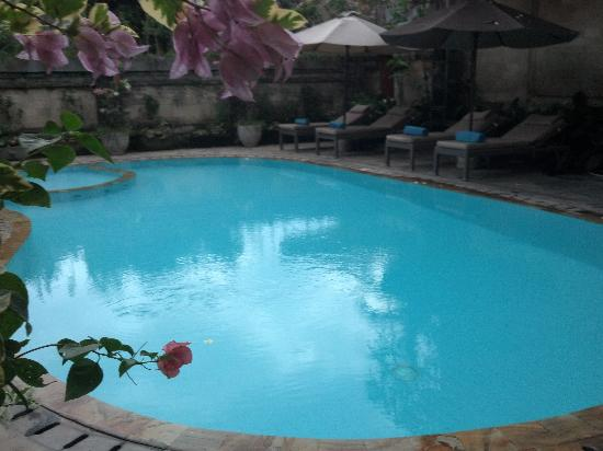 Kakiang Bungalows: pool