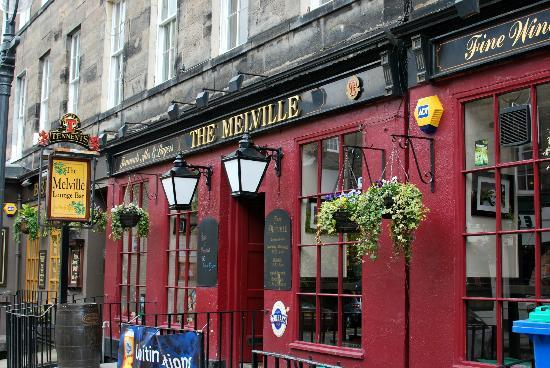 The Melville Bar: Esterno