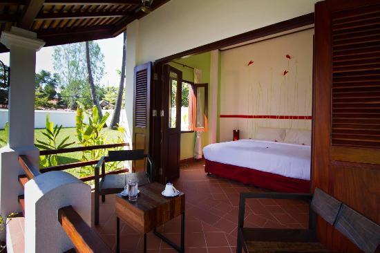 Sanctuary Luang Prabang Hotel : Superior Balcony View