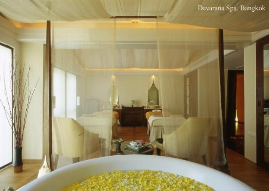Dusit Thani Bangkok: Devanra Spa Room