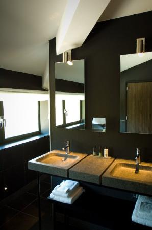 Hotel de Echoput: Bathroom
