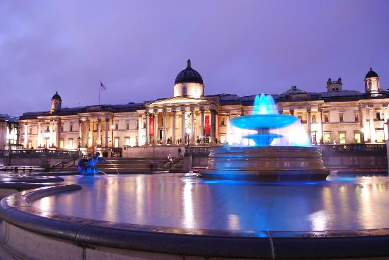 Hairy Goat Photography Tours: National Gallery, Trafalgar Square - from the Night Photography workshop