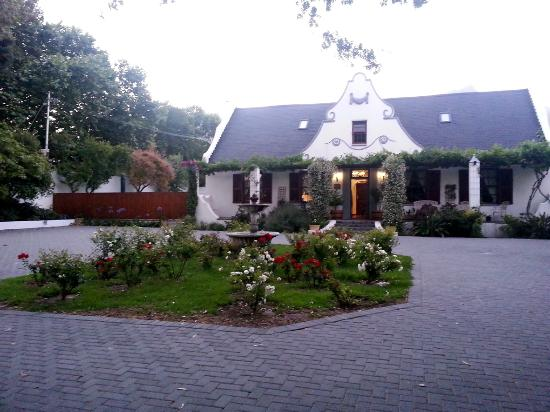 The Oak and Vine Guest House: The Oak and Vine Luxury Guest House