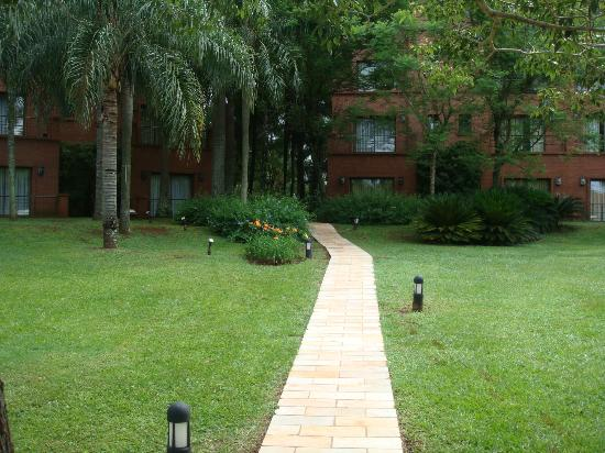 Iguazu Grand Resort, Spa & Casino : sendero