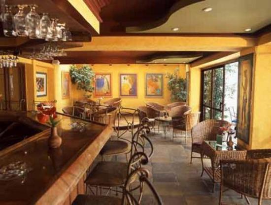 Kapok Hotel: BAR
