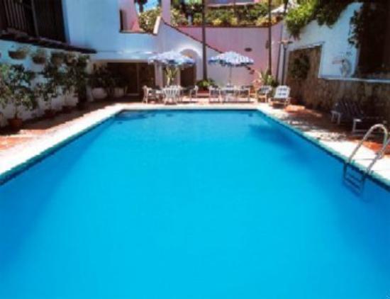 Kapok Hotel: Swimming Pool