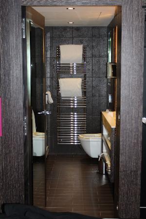 Les Jardins de la Villa & Spa: Bathroom