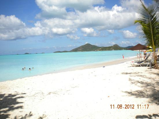 Jolly Harbour, Antigua : Valley Church Bay Beach, St. John's, Antigua