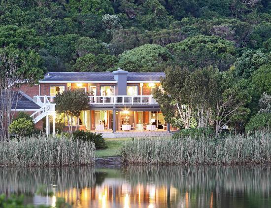 Serendipity Restaurant: Serendipity overlooking Touw River Lagoon