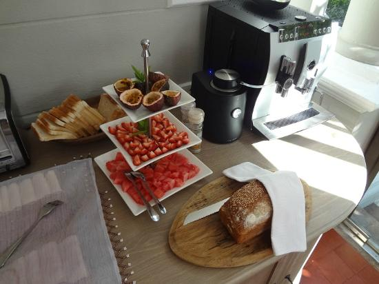 Trevoyan Guest House: PART OF THE BREAKFAST SELECTION